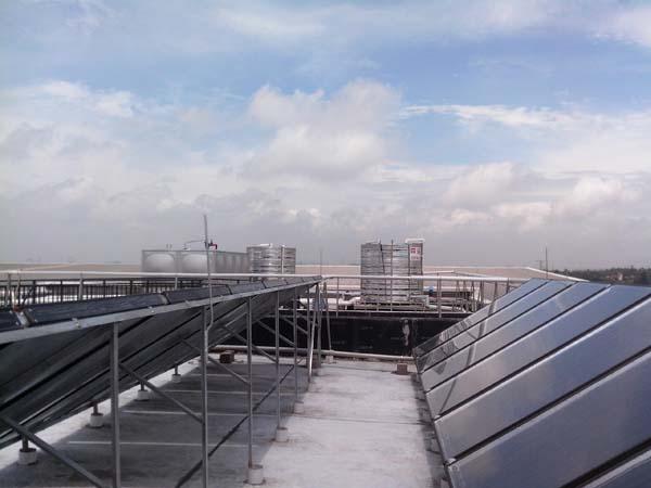 太阳能热水器供暖_太阳能热水器